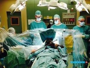 Пройти открытую операцию на мозге, играя на скрипке? Возможно!