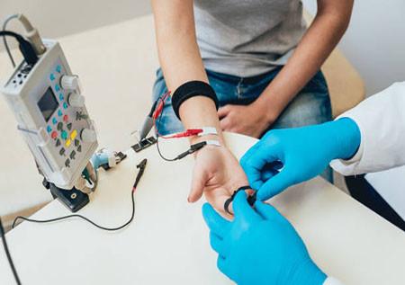 Медицинское обследование. EMG