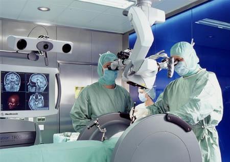 Нейрохирургическая операция по лечению медуллобластомы